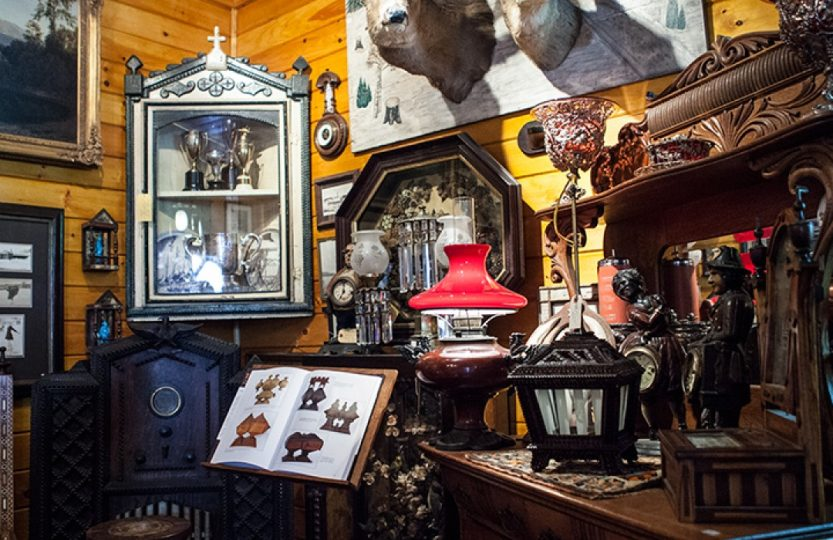shop-antiques